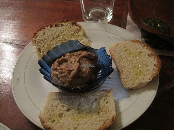 """Photo of La Redaccion  by <a href=""""/members/profile/Babette"""">Babette</a> <br/>I ordered the ensalada de frijoles and got this bean dip with homemade bread and olive olive. It was very tasty <br/> October 10, 2016  - <a href='/contact/abuse/image/80877/181168'>Report</a>"""