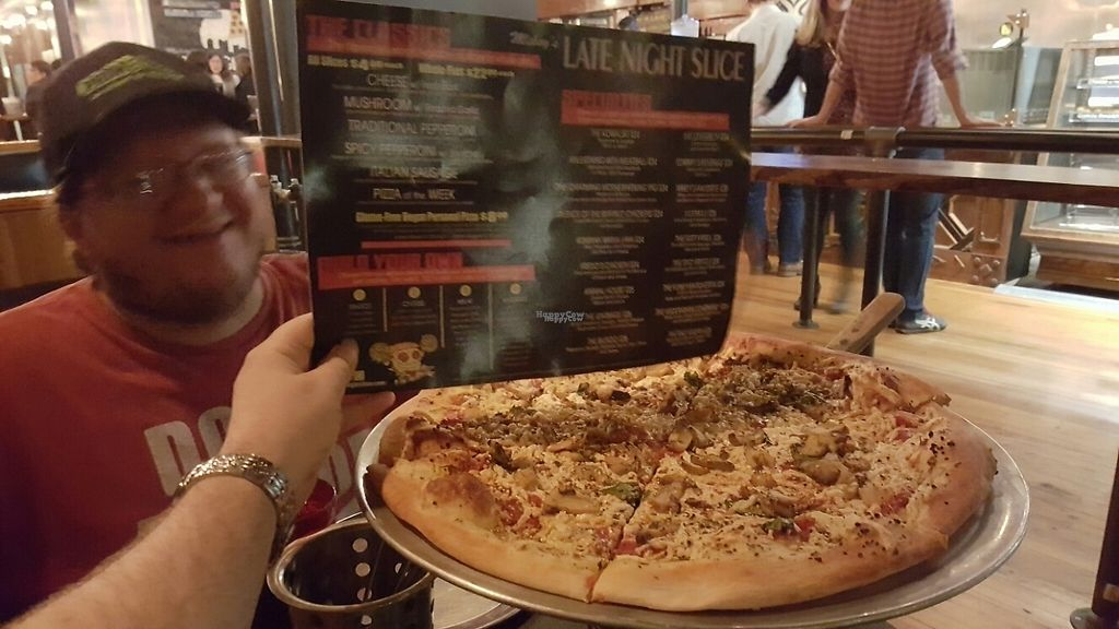 """Photo of Mikey's Late Night Slice  by <a href=""""/members/profile/0verdrive"""">0verdrive</a> <br/>Nommmmzzz <br/> November 19, 2016  - <a href='/contact/abuse/image/80880/191907'>Report</a>"""