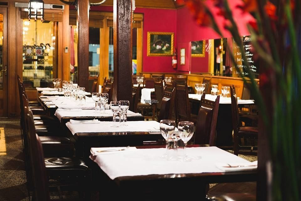 """Photo of L'Osteria Restaurant  by <a href=""""/members/profile/community"""">community</a> <br/>Inside L'Osteria Restaurant  <br/> October 6, 2016  - <a href='/contact/abuse/image/80886/179969'>Report</a>"""
