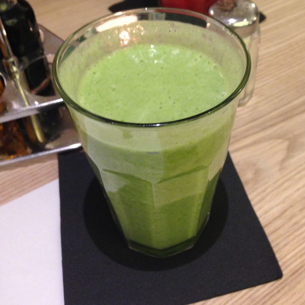 """Photo of CLOSED: Die Leckerei  by <a href=""""/members/profile/SirBuster33"""">SirBuster33</a> <br/>Green smoothie <br/> December 8, 2016  - <a href='/contact/abuse/image/80897/198394'>Report</a>"""