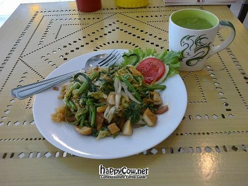 "Photo of Ur Station  by <a href=""/members/profile/Dominick"">Dominick</a> <br/>Suki with Glass noodles, veg, tofu and mushrooms (60 baht) <br/> June 6, 2012  - <a href='/contact/abuse/image/8091/32816'>Report</a>"