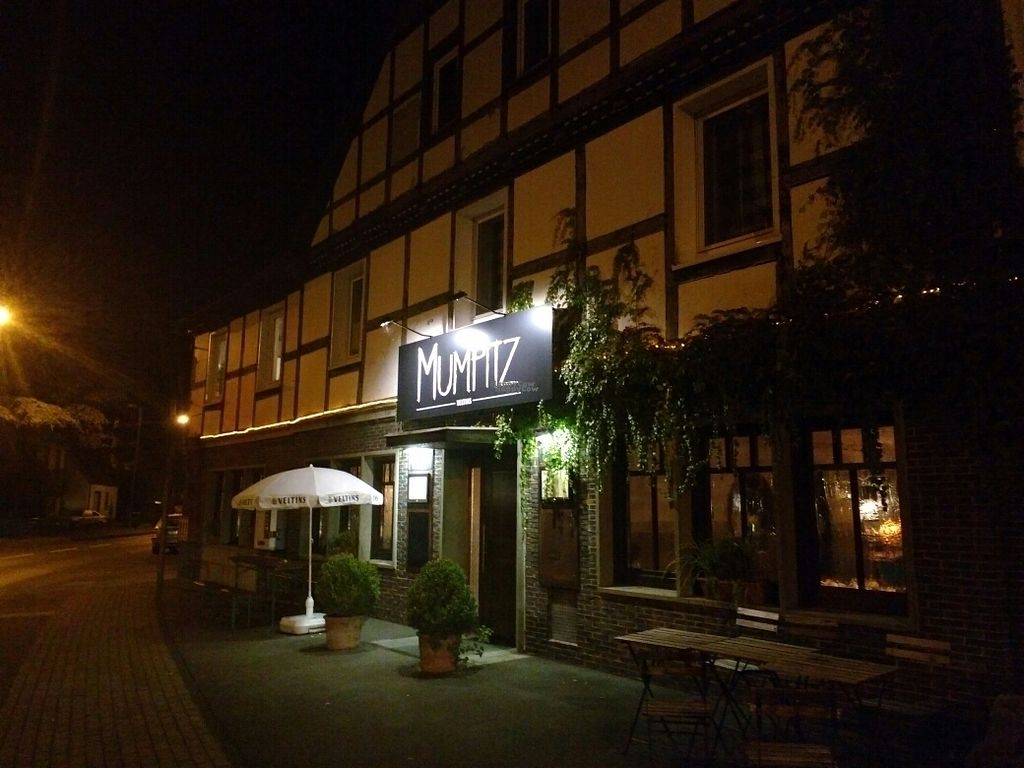 "Photo of Mumpitz  by <a href=""/members/profile/Happymangoman"">Happymangoman</a> <br/>front <br/> October 4, 2016  - <a href='/contact/abuse/image/80979/179634'>Report</a>"