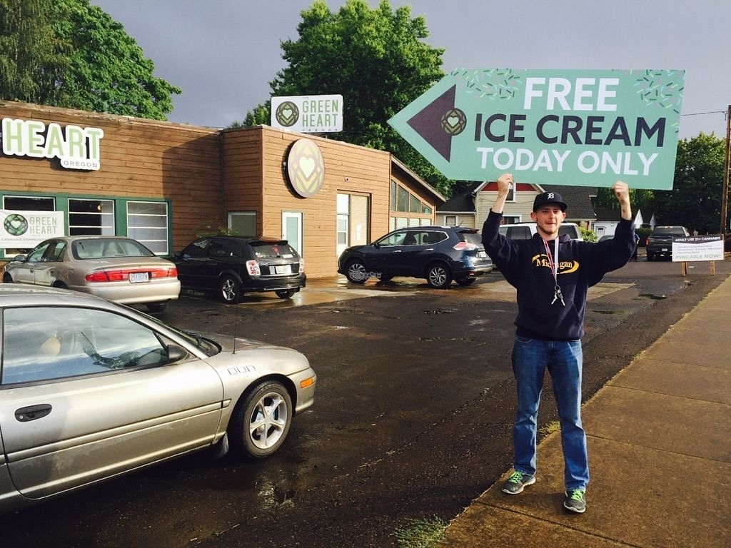 """Photo of CLOSED: The Green Heart Wellness Center  by <a href=""""/members/profile/RePhil"""">RePhil</a> <br/>Free Icecream event <br/> October 10, 2016  - <a href='/contact/abuse/image/81015/181176'>Report</a>"""