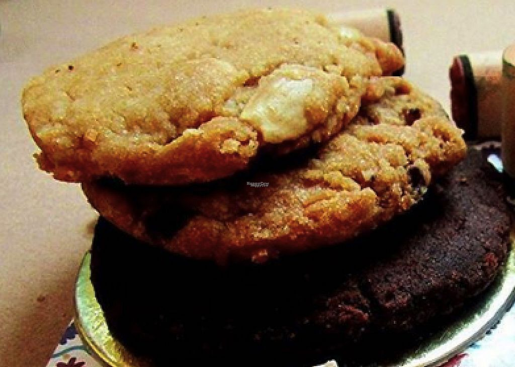 """Photo of Ekhyal Bakery  by <a href=""""/members/profile/community"""">community</a> <br/>vegan cookies  <br/> January 28, 2017  - <a href='/contact/abuse/image/81083/218062'>Report</a>"""