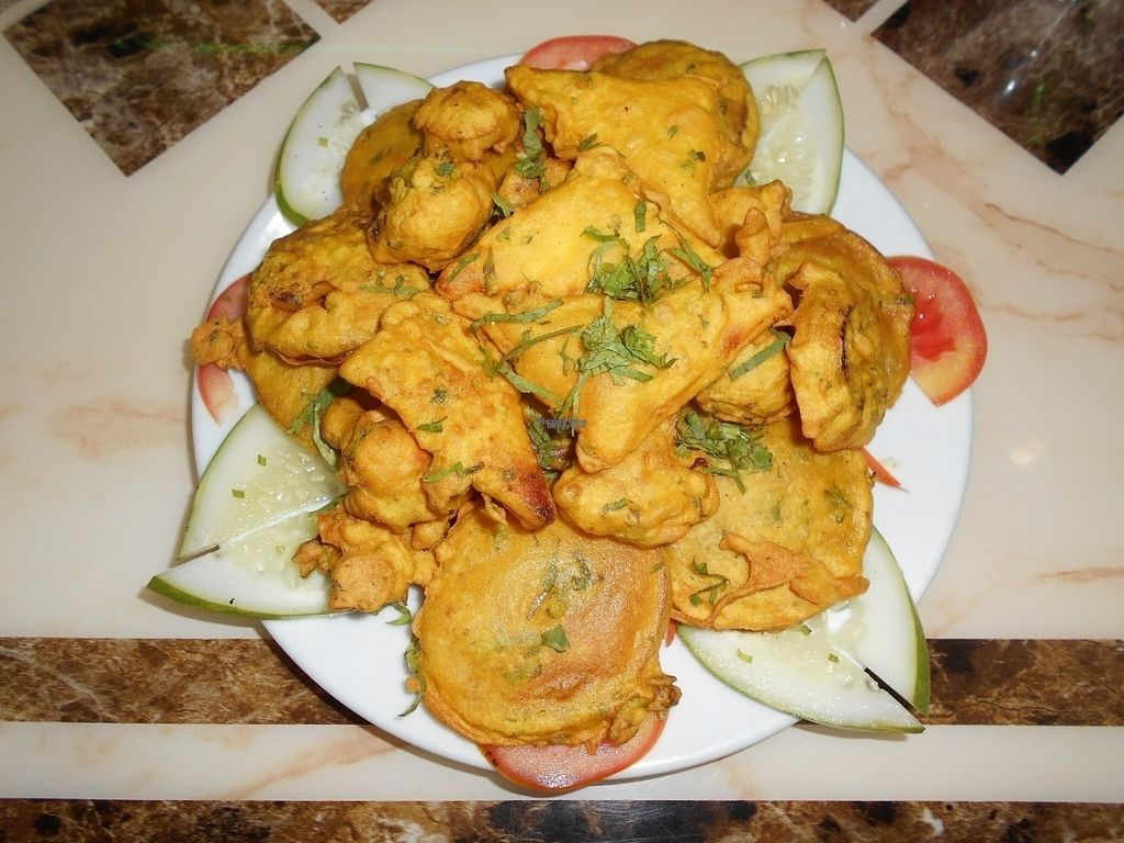 "Photo of Indian Rasoi  by <a href=""/members/profile/Kelly%20Kelly"">Kelly Kelly</a> <br/>Indian Rasoi - Yummy Pakoras! <br/> October 10, 2016  - <a href='/contact/abuse/image/81157/181134'>Report</a>"