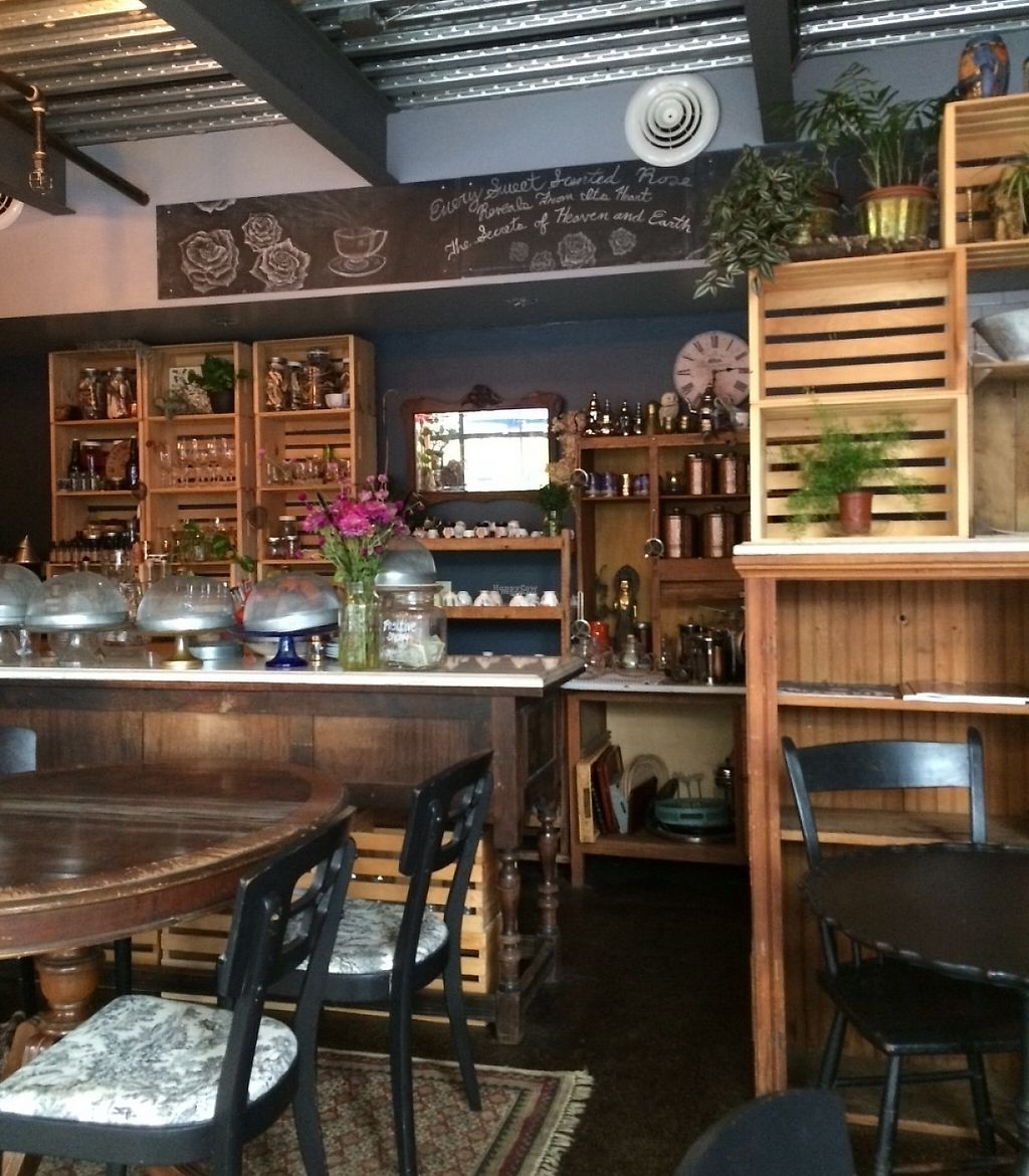 """Photo of Elixir  by <a href=""""/members/profile/mread"""">mread</a> <br/>Cozy indoor dining <br/> October 11, 2016  - <a href='/contact/abuse/image/81236/202688'>Report</a>"""
