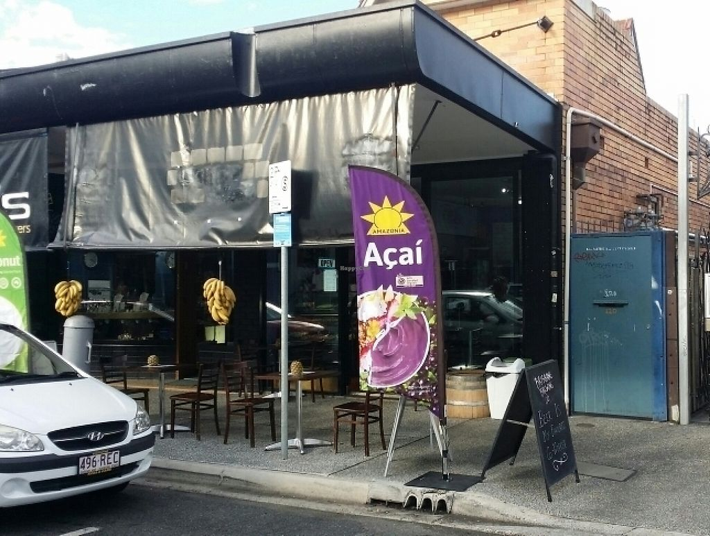 "Photo of Insane Acai Bar  by <a href=""/members/profile/Mike%20Munsie"">Mike Munsie</a> <br/>street front <br/> May 5, 2017  - <a href='/contact/abuse/image/81250/255784'>Report</a>"