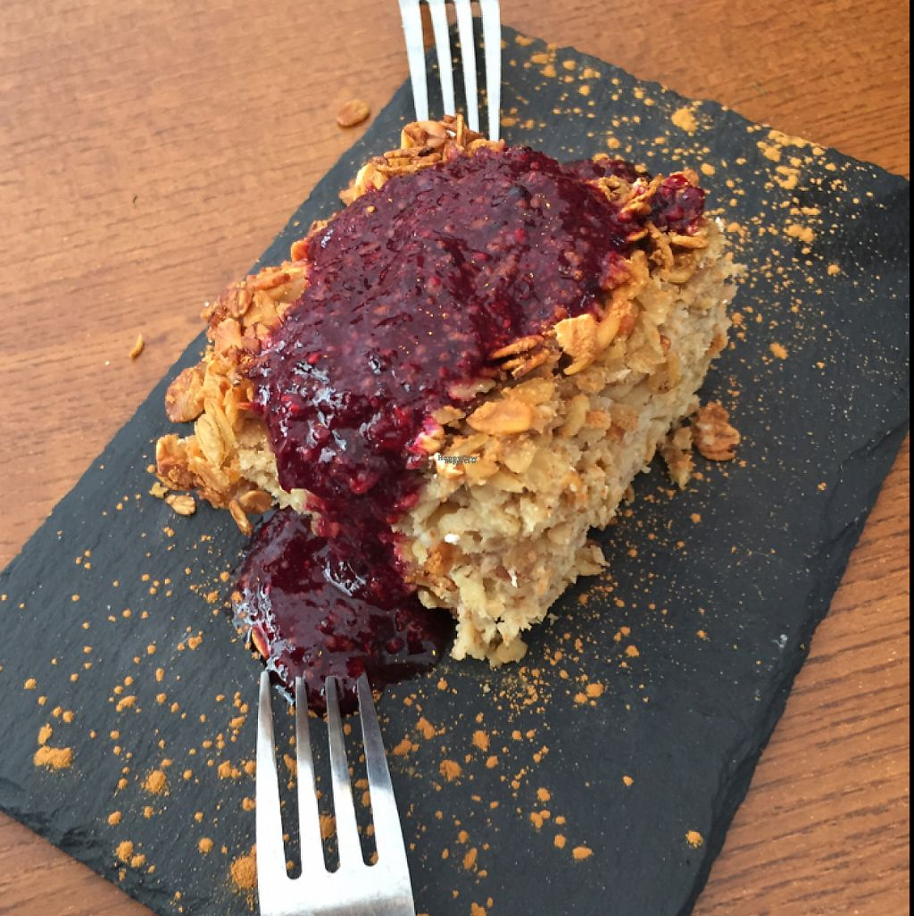 """Photo of Foodprintz Cafe  by <a href=""""/members/profile/Eefie"""">Eefie</a> <br/>Apple Crumble <br/> February 15, 2017  - <a href='/contact/abuse/image/81313/226903'>Report</a>"""