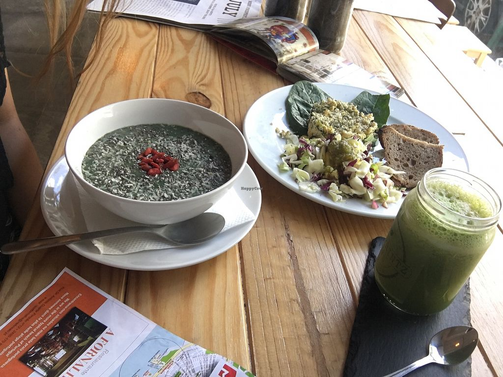 """Photo of Foodprintz Cafe  by <a href=""""/members/profile/Conny"""">Conny</a> <br/>Lovin their fresh vegan breakfast <br/> September 7, 2017  - <a href='/contact/abuse/image/81313/301879'>Report</a>"""