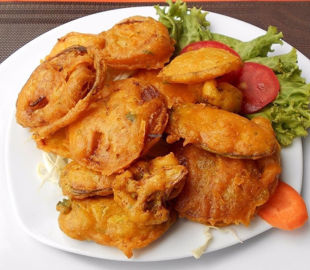 """Photo of Live Hours Indian  by <a href=""""/members/profile/Kelly%20Kelly"""">Kelly Kelly</a> <br/>Live Hours Indian Restaurant Veggie Pakora <br/> October 11, 2016  - <a href='/contact/abuse/image/81323/181428'>Report</a>"""