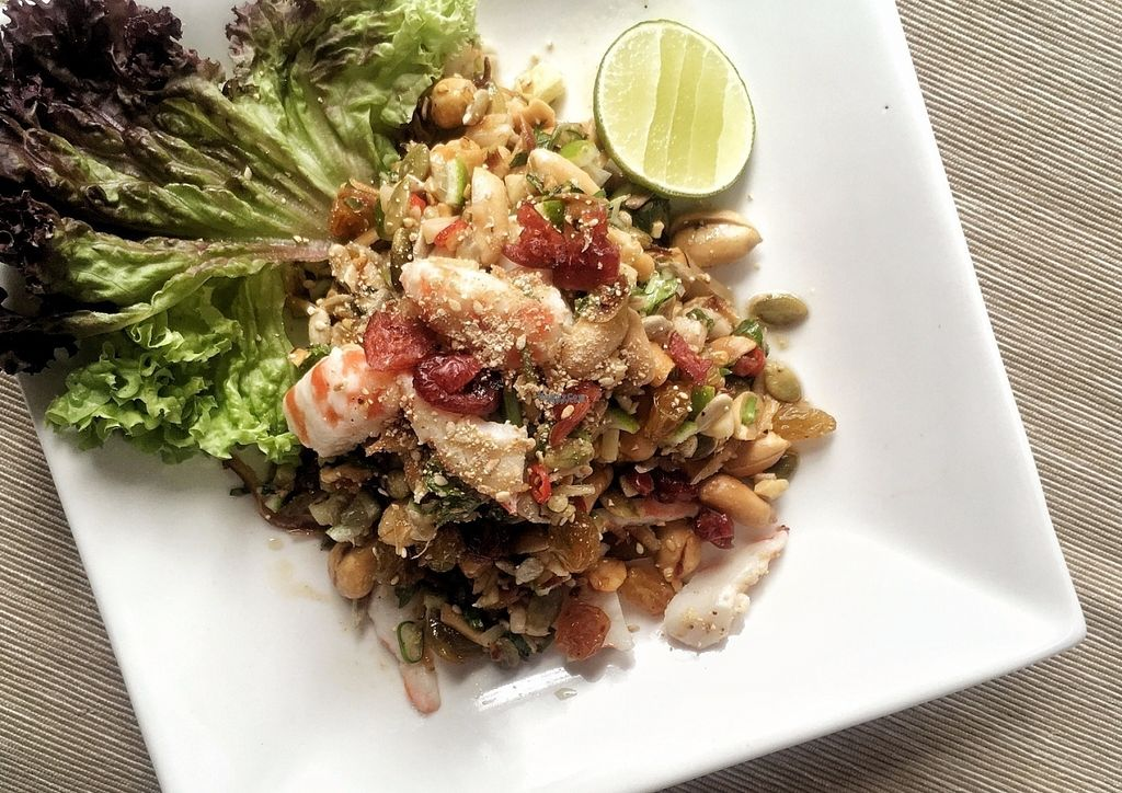 "Photo of Kon Rak Pak Thai Vegetarian Restaurant  by <a href=""/members/profile/VyvianGoh"">VyvianGoh</a> <br/>Mixed Herb Salad <br/> October 13, 2016  - <a href='/contact/abuse/image/81357/181856'>Report</a>"