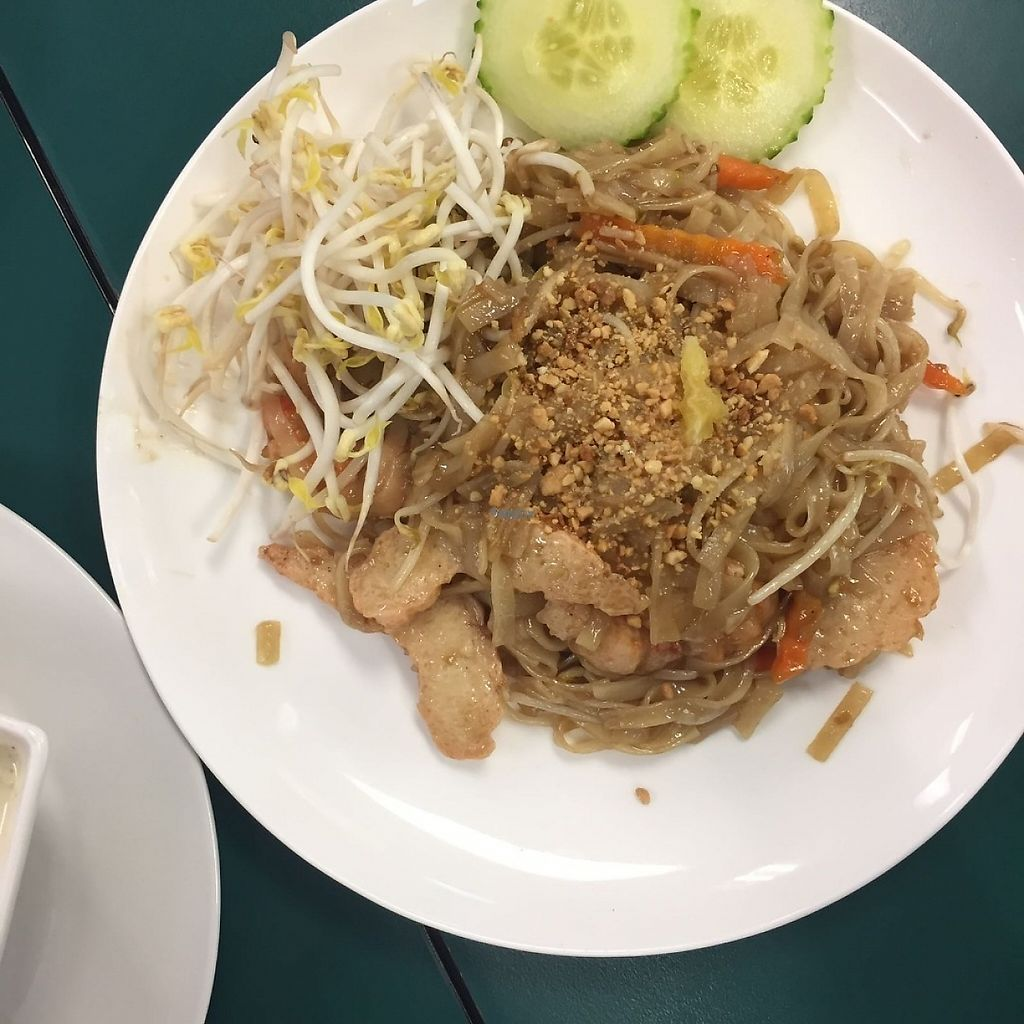 """Photo of CLOSED: Gifts from Heaven  by <a href=""""/members/profile/helc"""">helc</a> <br/>No.11 on the menu says fried noodles but is actually just padthai <br/> November 23, 2016  - <a href='/contact/abuse/image/81503/193396'>Report</a>"""