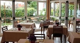 """Photo of Albergo Neapolis  by <a href=""""/members/profile/Andr%C3%A9As1"""">AndréAs1</a> <br/>Restaurant  <br/> October 16, 2016  - <a href='/contact/abuse/image/81505/182355'>Report</a>"""