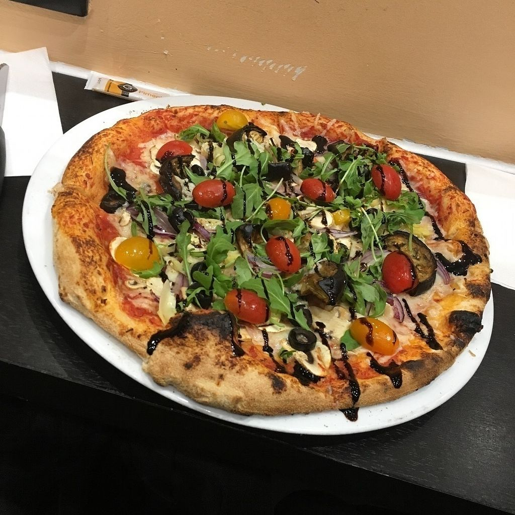 "Photo of Pizza Julia  by <a href=""/members/profile/Kardinal"">Kardinal</a> <br/>Vegan Pizza, with a base of personnal vegan cheese <br/> October 21, 2016  - <a href='/contact/abuse/image/81539/183447'>Report</a>"