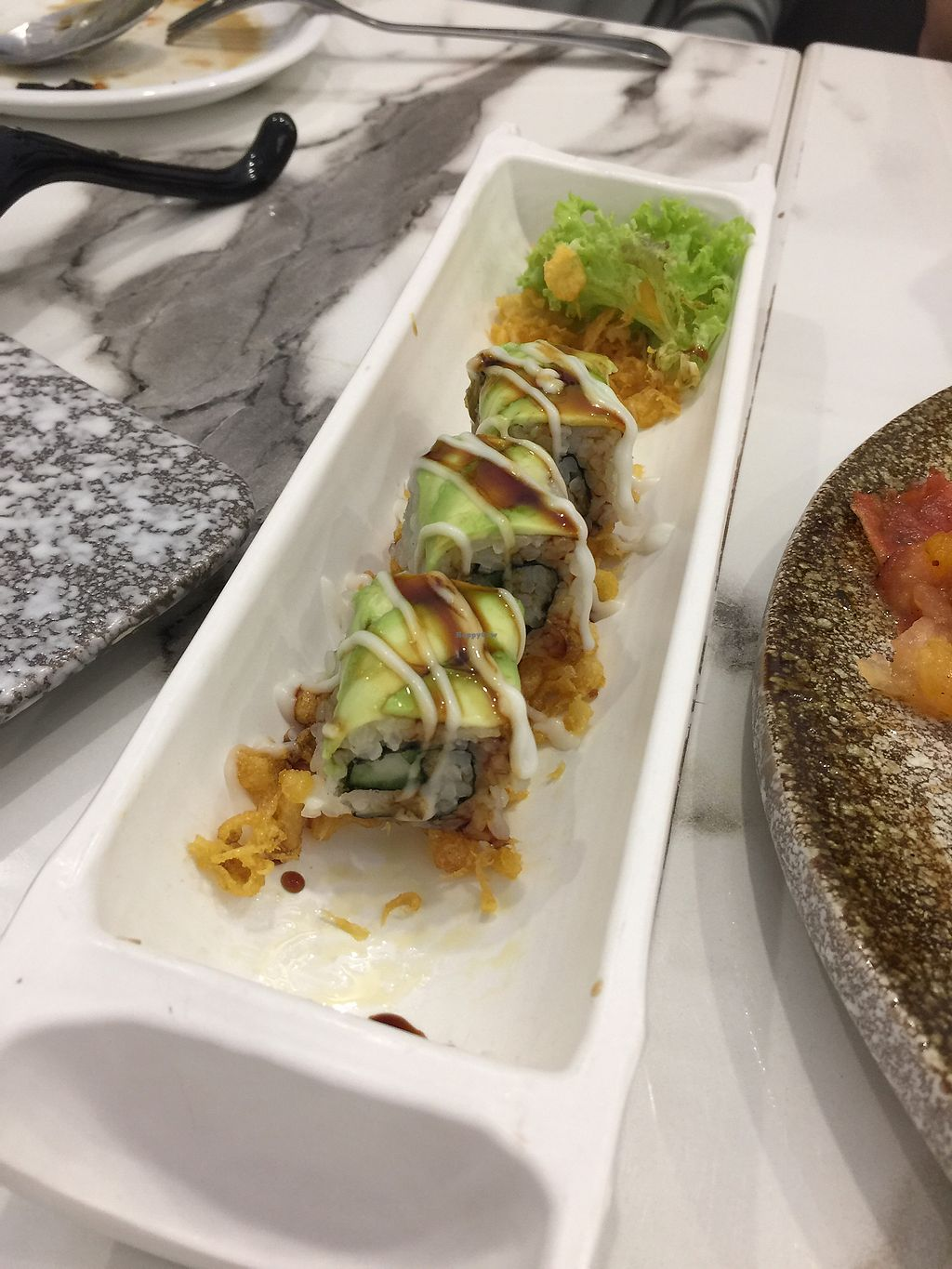 "Photo of Sun Vegetarian Cuisine  by <a href=""/members/profile/yenyenlow"">yenyenlow</a> <br/>Avocado sushi roll (not vegan, mayonnaise contains milk) <br/> February 20, 2018  - <a href='/contact/abuse/image/81561/361653'>Report</a>"