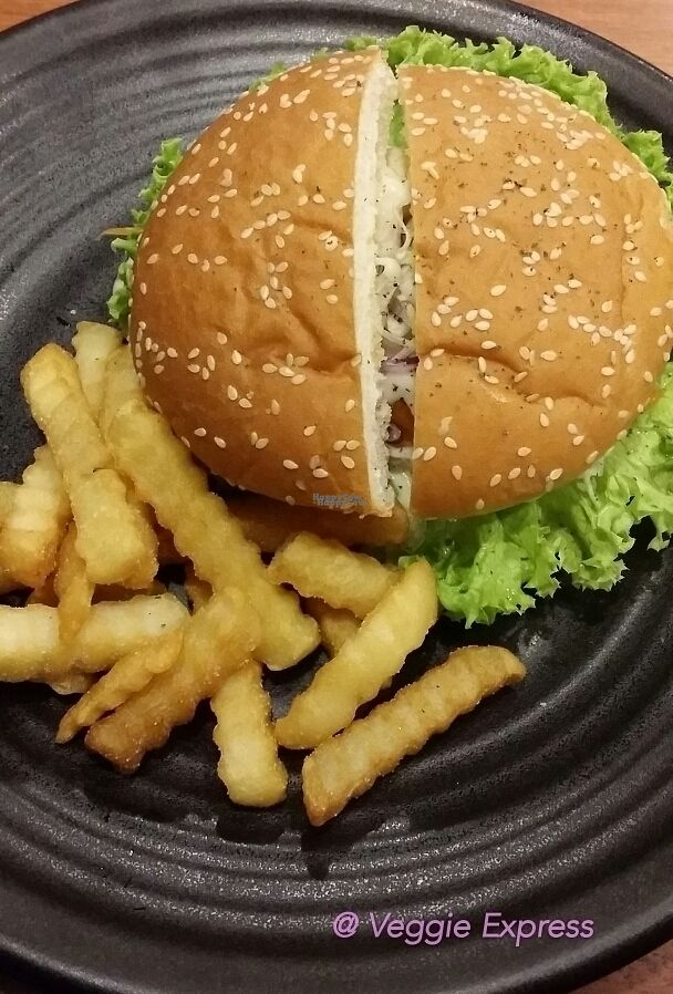 """Photo of Veggie Express  by <a href=""""/members/profile/flossy"""">flossy</a> <br/>Cottage Burger <br/> October 20, 2016  - <a href='/contact/abuse/image/81702/183176'>Report</a>"""