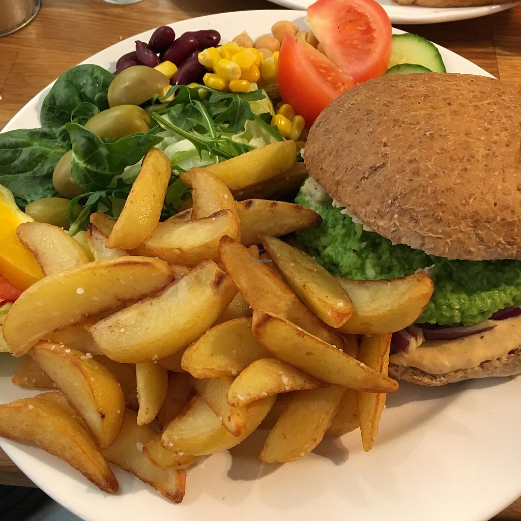 "Photo of Mitt Cafe  by <a href=""/members/profile/SeitanSeitanSeitan"">SeitanSeitanSeitan</a> <br/>Vegan burger <br/> April 14, 2018  - <a href='/contact/abuse/image/81730/385605'>Report</a>"