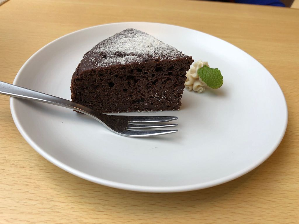 "Photo of Rota Cafe  by <a href=""/members/profile/Peg-LamMa"">Peg-LamMa</a> <br/>Chocolate cake  <br/> January 8, 2018  - <a href='/contact/abuse/image/81731/344238'>Report</a>"