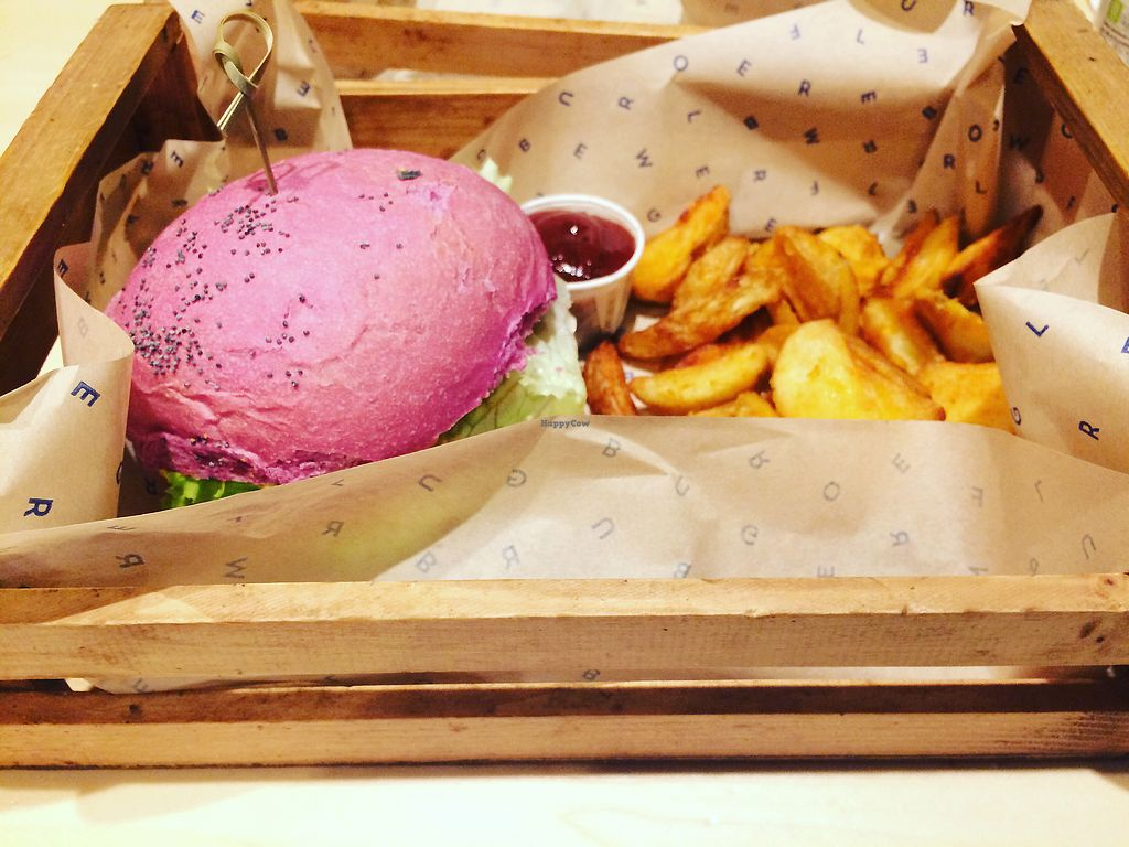 """Photo of Flower Burger  by <a href=""""/members/profile/tinez"""">tinez</a> <br/>Cherry bomb. Urgent <br/> November 6, 2017  - <a href='/contact/abuse/image/81758/322691'>Report</a>"""