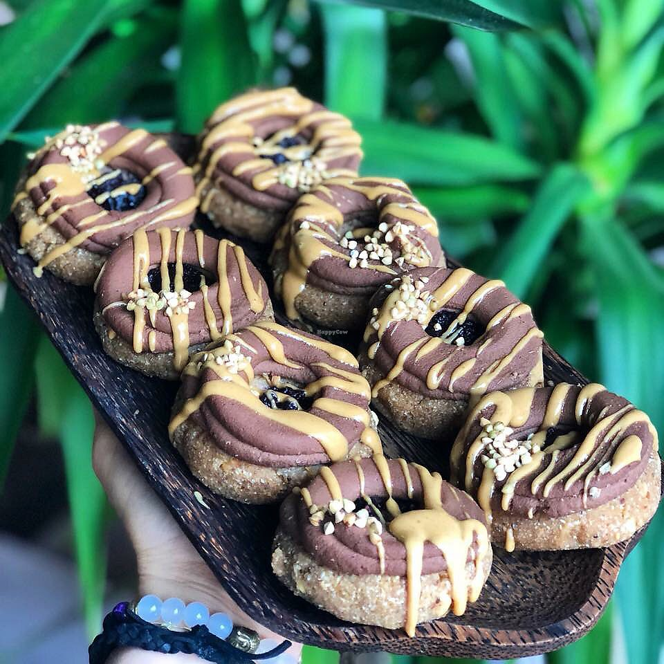 """Photo of Simply Vegan  by <a href=""""/members/profile/Romain"""">Romain</a> <br/>Raw donuts with chocolate cream, fruit """"jam"""" and peanut butter <br/> November 9, 2017  - <a href='/contact/abuse/image/81763/323505'>Report</a>"""