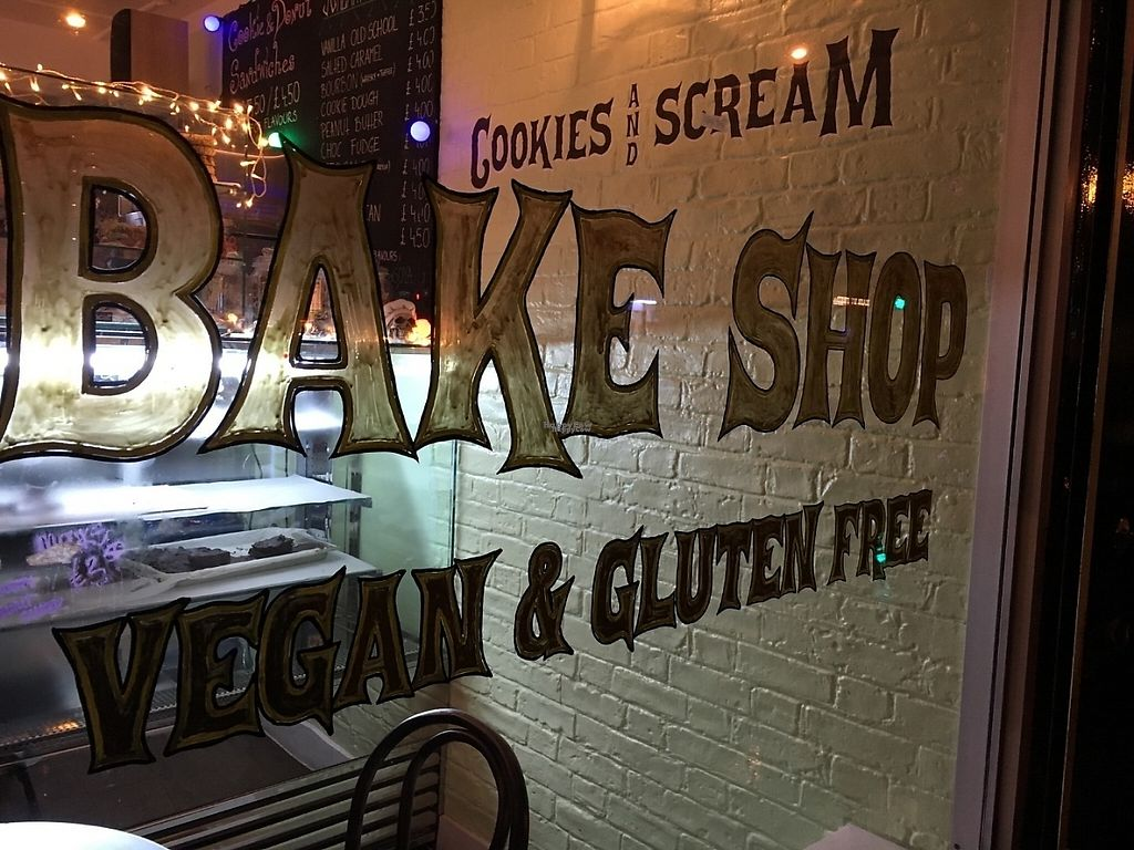 "Photo of Cookies and Scream - Drayton Park  by <a href=""/members/profile/hack_man"">hack_man</a> <br/>Outside  <br/> December 10, 2016  - <a href='/contact/abuse/image/81796/199124'>Report</a>"