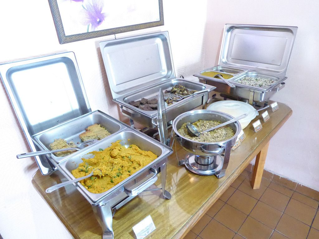 """Photo of Vegethare Restaurante Vegetariano  by <a href=""""/members/profile/jonap"""">jonap</a> <br/>Buffet. The soya burgers were not vegan, nor the options to the far left <br/> October 22, 2016  - <a href='/contact/abuse/image/81836/183710'>Report</a>"""