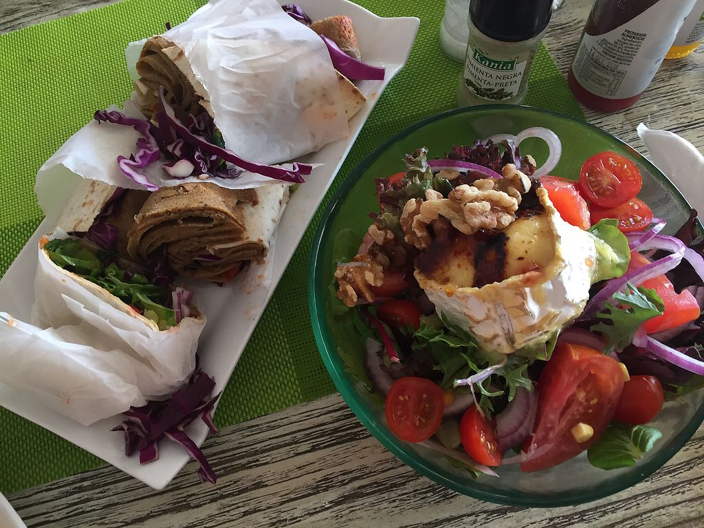 """Photo of The Green Box  by <a href=""""/members/profile/MartinFeller"""">MartinFeller</a> <br/>Vegan Döner on the left, salad with goat cheese on the right! <br/> June 24, 2017  - <a href='/contact/abuse/image/81847/273046'>Report</a>"""
