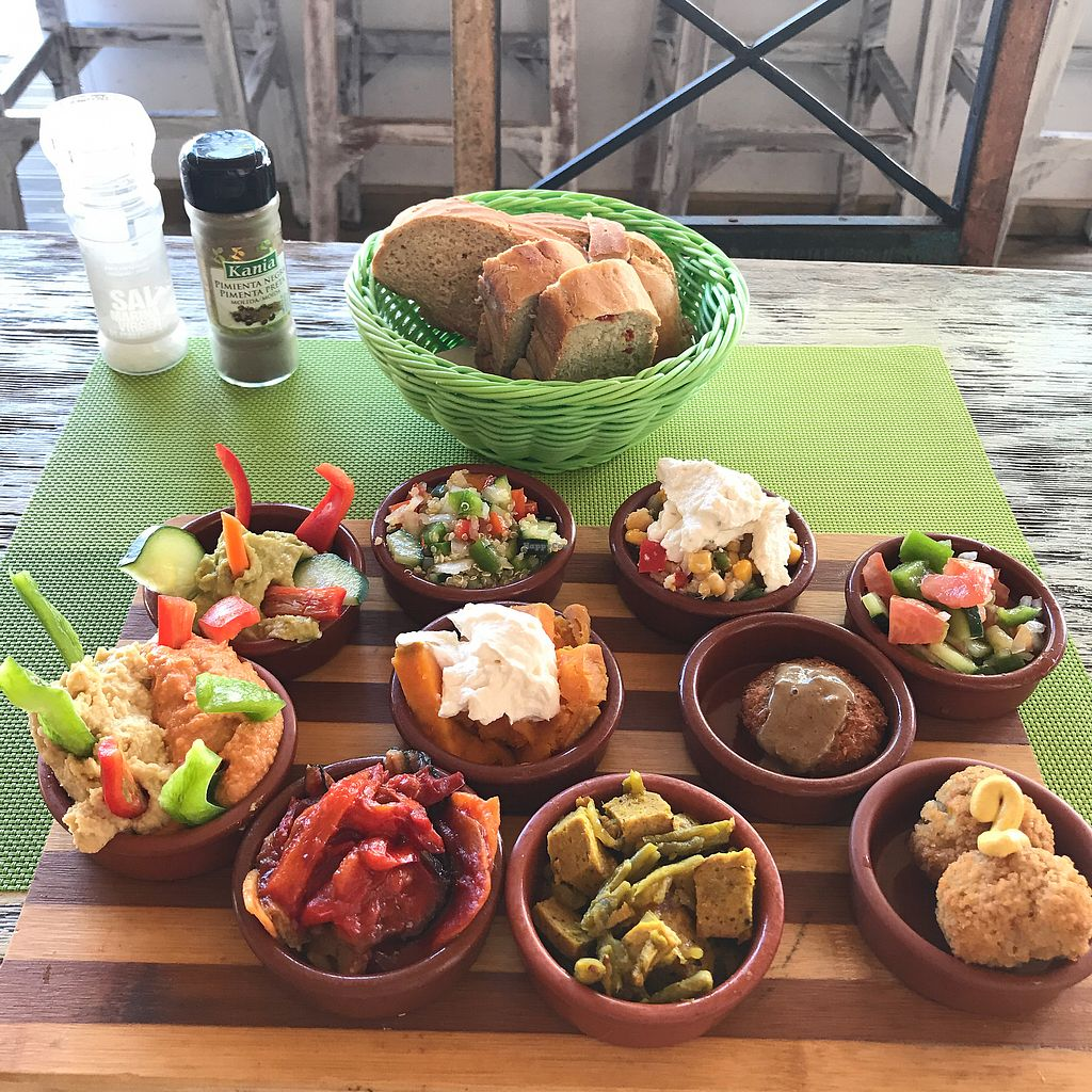 """Photo of The Green Box  by <a href=""""/members/profile/earthville"""">earthville</a> <br/> Vegan tapas plate <br/> October 9, 2017  - <a href='/contact/abuse/image/81847/313642'>Report</a>"""