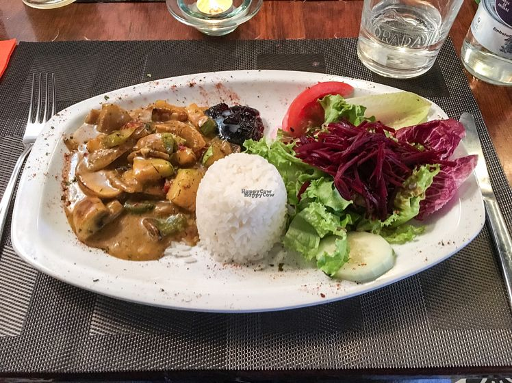 "Photo of Tasca la Fuente  by <a href=""/members/profile/leont"">leont</a> <br/>Veggie curry <br/> October 26, 2016  - <a href='/contact/abuse/image/81875/184579'>Report</a>"