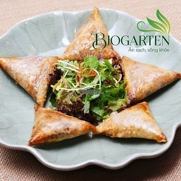 """Photo of Biogarten Restaurant  by <a href=""""/members/profile/duyentruong"""">duyentruong</a> <br/>Vegan Spring rolls  <br/> October 25, 2016  - <a href='/contact/abuse/image/81896/184254'>Report</a>"""