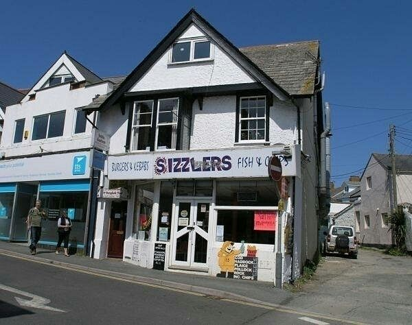 """Photo of Sizzlers  by <a href=""""/members/profile/Meaks"""">Meaks</a> <br/>Sizzlers <br/> October 25, 2016  - <a href='/contact/abuse/image/81935/184226'>Report</a>"""
