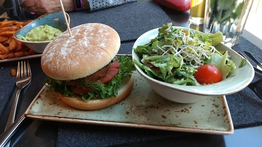 """Photo of Hans im Glück  by <a href=""""/members/profile/darkrabbit"""">darkrabbit</a> <br/>burger with mixed salad <br/> May 25, 2017  - <a href='/contact/abuse/image/82011/262336'>Report</a>"""