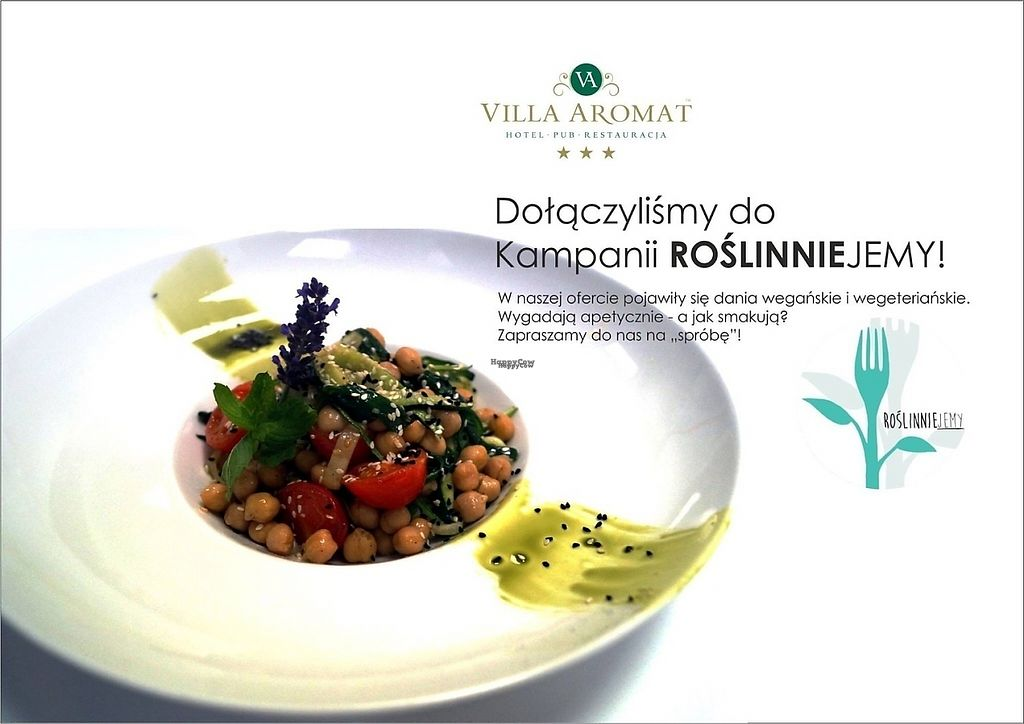 "Photo of Villa Aromat  by <a href=""/members/profile/osiolekkasia"">osiolekkasia</a> <br/>Zucchini spaghetti with chickpeas. Poster showing that the restaurant joined Open Cages vegan campaign.  <br/> January 5, 2017  - <a href='/contact/abuse/image/82086/208371'>Report</a>"
