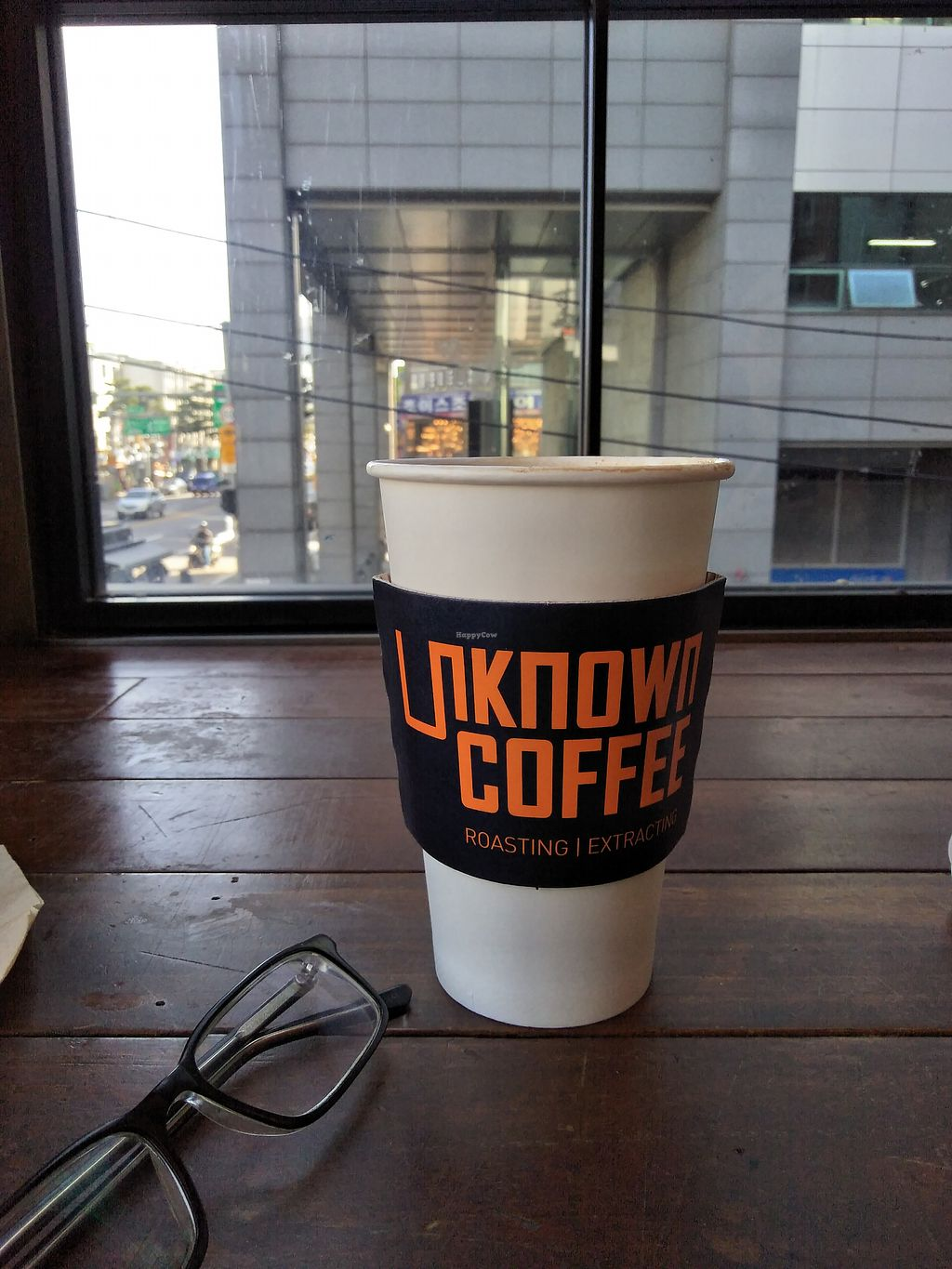 """Photo of Unknown Coffee - 언노운커피  by <a href=""""/members/profile/MichaelRobinson"""">MichaelRobinson</a> <br/>My view <br/> March 25, 2018  - <a href='/contact/abuse/image/82116/375789'>Report</a>"""