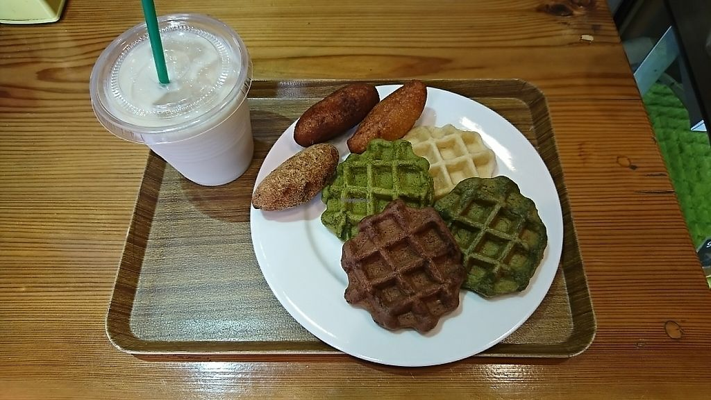 """Photo of Kanauta  by <a href=""""/members/profile/moka_a"""">moka_a</a> <br/>Assortments(¥850 a plate). The moss-green at the rightmost is the only savory one of its kind seasoned with salt & seaweed. Donuts are far chunkier than they look and so filling. I ventured forth with the 'mariage' between soda & sweetened soymilk(¥350) only to reconfirm Jill is where Jack made it <br/> May 23, 2017  - <a href='/contact/abuse/image/82131/261700'>Report</a>"""