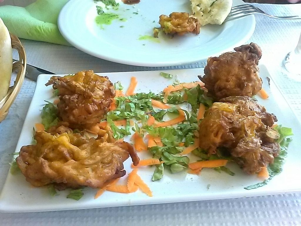 """Photo of Italian Indian Palace  by <a href=""""/members/profile/DODIBOSSAS"""">DODIBOSSAS</a> <br/>Vegetable pakoras <br/> July 16, 2017  - <a href='/contact/abuse/image/82134/280997'>Report</a>"""