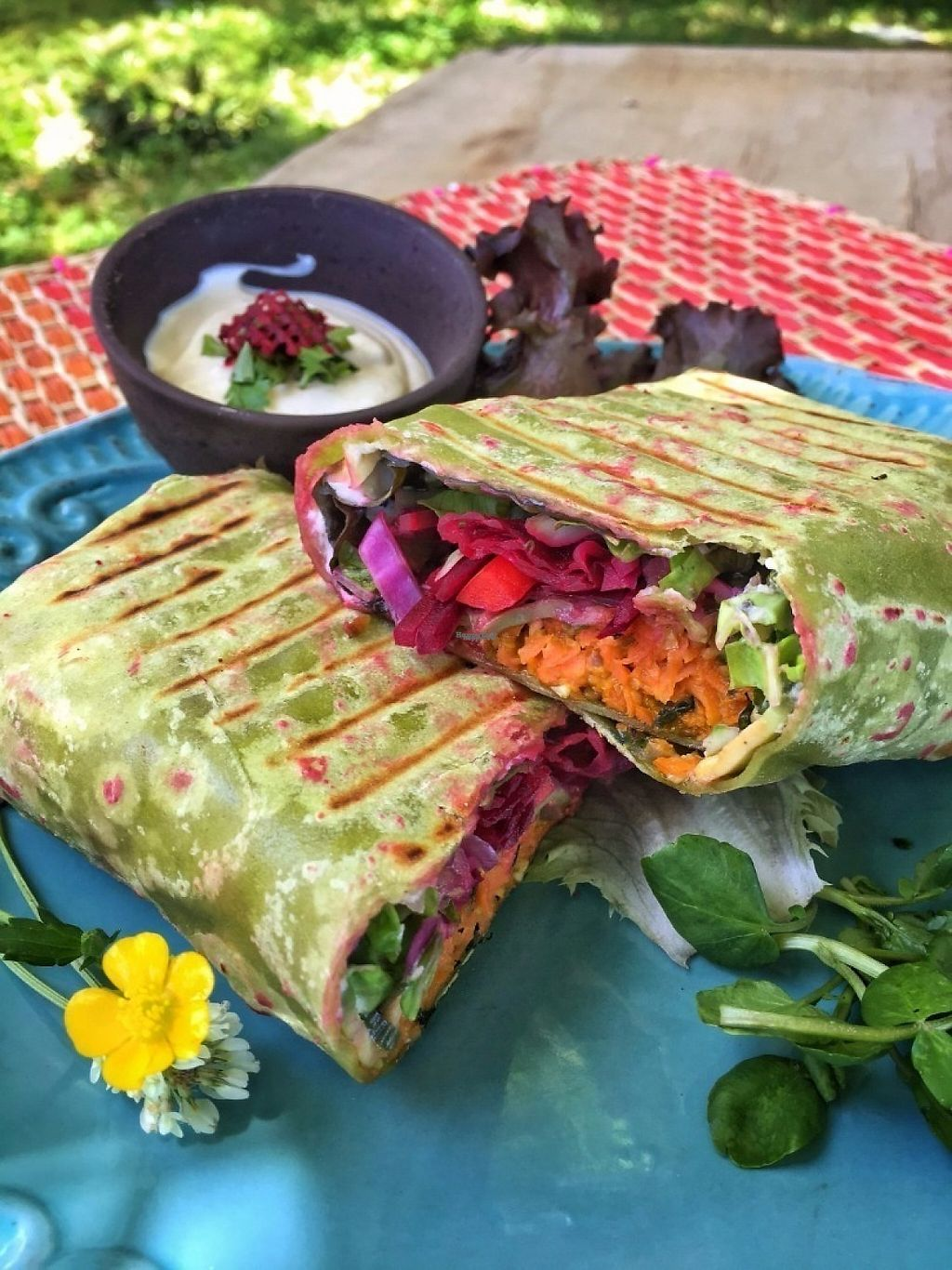 """Photo of Mundo Elefante  by <a href=""""/members/profile/jclabarca"""">jclabarca</a> <br/>Fill your belly with colors and amazing flavors... Green fajitas with carrot and peanut butter patties <br/> December 28, 2016  - <a href='/contact/abuse/image/82204/205746'>Report</a>"""