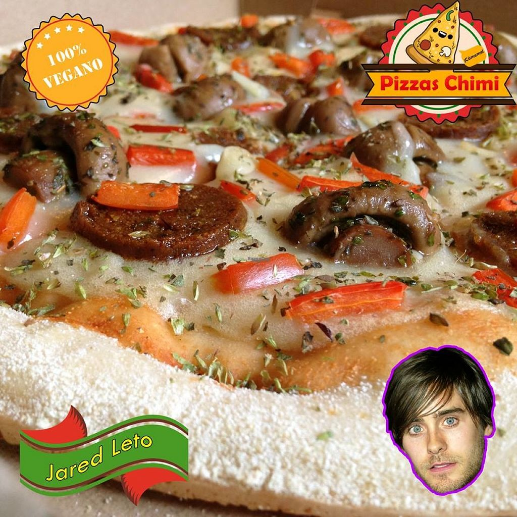 """Photo of Pizzas Veganas Chimi  by <a href=""""/members/profile/madjennsy"""">madjennsy</a> <br/>Pepperoni, champignon, red pepper over a creamy base of oat milk based mozzarella... that's what you get with this Jared Leto flavour  :P it's super delicious!  :3 <br/> November 1, 2016  - <a href='/contact/abuse/image/82232/185914'>Report</a>"""