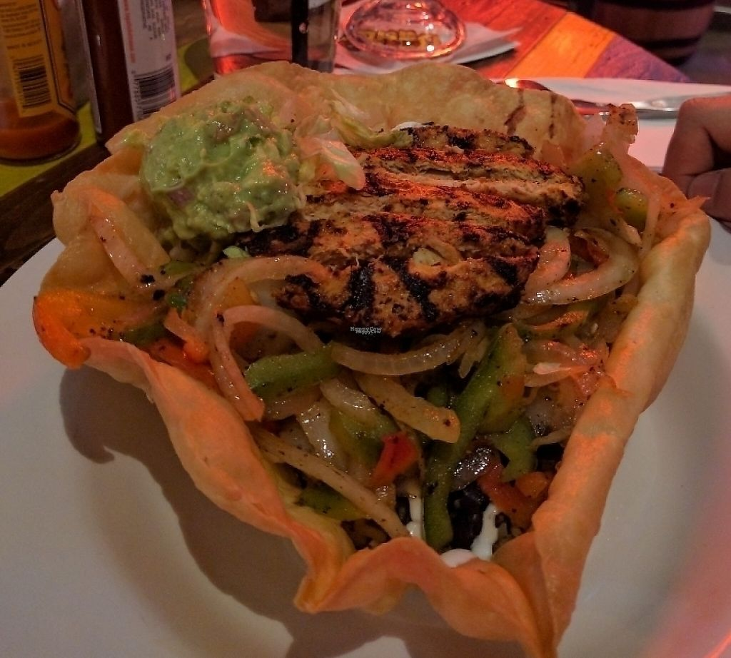 "Photo of Nacho Daddy - Las Vegas Blvd  by <a href=""/members/profile/The%20Hungry%20Vegan"">The Hungry Vegan</a> <br/>Vegan Fajita Salad <br/> November 12, 2016  - <a href='/contact/abuse/image/82264/207820'>Report</a>"