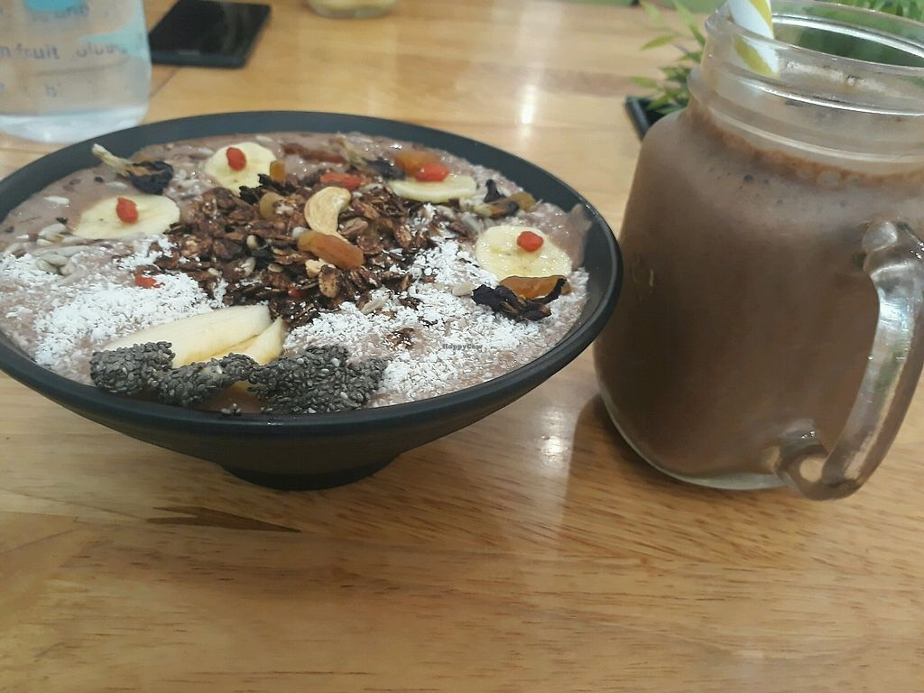 """Photo of Nourish Cafe  by <a href=""""/members/profile/LilacHippy"""">LilacHippy</a> <br/>Cocoa smoothie bowl and mocha smoothie drink <br/> April 14, 2018  - <a href='/contact/abuse/image/82280/385815'>Report</a>"""