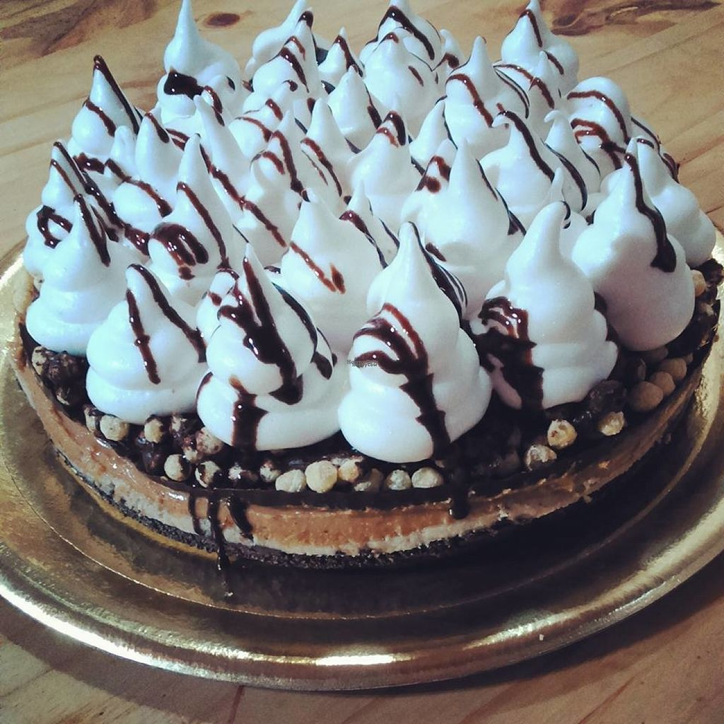 """Photo of Postres Veganos  by <a href=""""/members/profile/madjennsy"""">madjennsy</a> <br/>Vegan Cake by Postres Veganos <br/> November 5, 2016  - <a href='/contact/abuse/image/82299/186603'>Report</a>"""