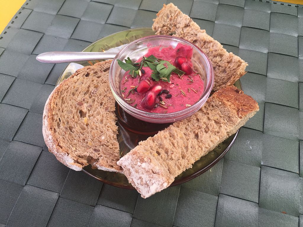 """Photo of Arvore do Mundo  by <a href=""""/members/profile/nitahannele"""">nitahannele</a> <br/>Beetroot hummus with homemade bread  <br/> September 19, 2017  - <a href='/contact/abuse/image/82312/306229'>Report</a>"""