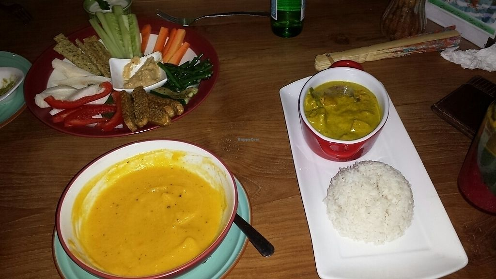 "Photo of The Banyan Tree  by <a href=""/members/profile/schallioner"">schallioner</a> <br/>Dip platter/pumpkin soup/coconut curry <br/> July 29, 2017  - <a href='/contact/abuse/image/82334/286215'>Report</a>"
