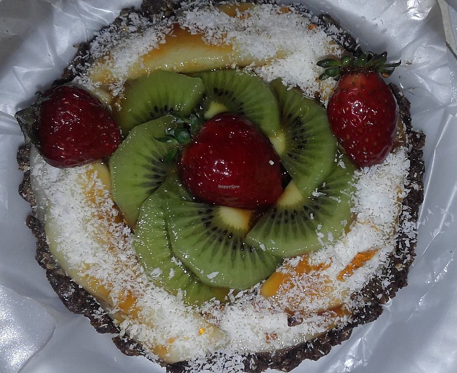 """Photo of Manjares Veganos  by <a href=""""/members/profile/madjennsy"""">madjennsy</a> <br/>Raw Vegan Cake <br/> November 7, 2016  - <a href='/contact/abuse/image/82386/284022'>Report</a>"""