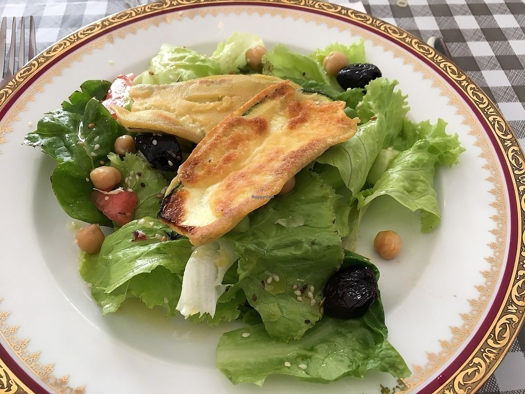 """Photo of Les P'tits Poissons Verts  by <a href=""""/members/profile/vegan%20frog"""">vegan frog</a> <br/>Salad with zucchini fritters <br/> June 13, 2017  - <a href='/contact/abuse/image/82420/268718'>Report</a>"""