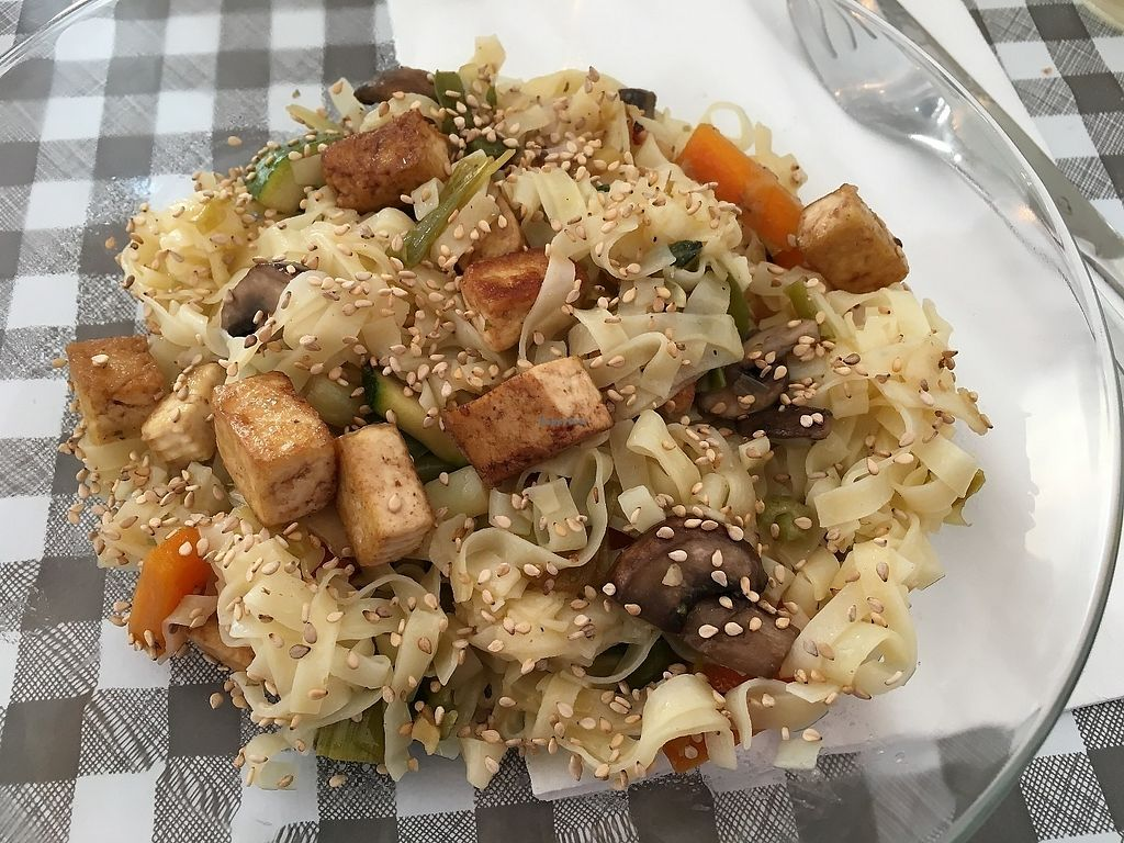 """Photo of Les P'tits Poissons Verts  by <a href=""""/members/profile/vegan%20frog"""">vegan frog</a> <br/>Asian vegetables on noodles <br/> June 13, 2017  - <a href='/contact/abuse/image/82420/268719'>Report</a>"""