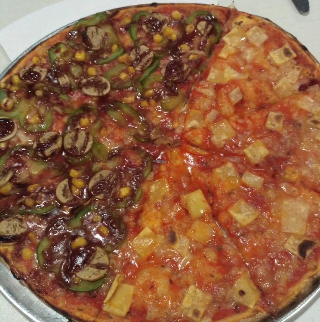 "Photo of Pizzeria Mayor - Ronda de Segovia  by <a href=""/members/profile/Kukiaries"">Kukiaries</a> <br/>pizza 4 quesos/bbq <br/> February 9, 2017  - <a href='/contact/abuse/image/82421/224733'>Report</a>"