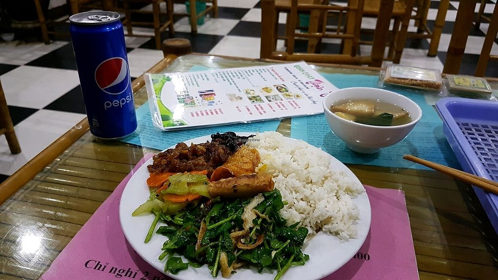"""Photo of Thien Tam  by <a href=""""/members/profile/aggiem"""">aggiem</a> <br/>Rice dishes (?) <br/> November 10, 2017  - <a href='/contact/abuse/image/82433/323865'>Report</a>"""