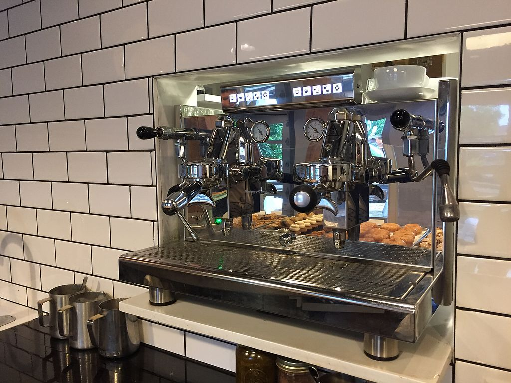 """Photo of Beards Coffee Bar & Bakery  by <a href=""""/members/profile/Sylvain"""">Sylvain</a> <br/>Great coffee <br/> June 29, 2017  - <a href='/contact/abuse/image/82447/274783'>Report</a>"""