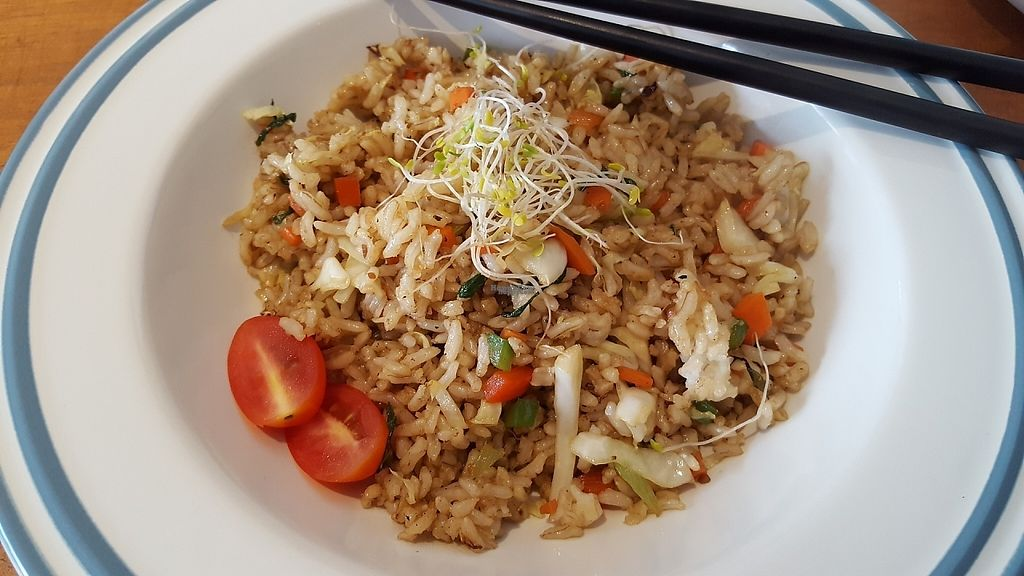 "Photo of Yi Ke Shu - Tanjung Bungah  by <a href=""/members/profile/ThatVeganCouple"">ThatVeganCouple</a> <br/>Fried rice <br/> December 4, 2016  - <a href='/contact/abuse/image/82482/197158'>Report</a>"